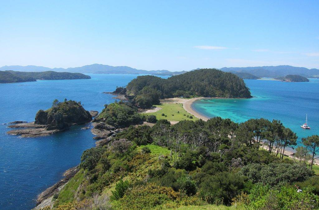 Bay of Islands a Tourist Gem!